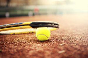 tennismaila-pallo-kuva